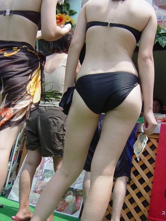コレが素人女子の最新トレンド水着wwwエロすぎてホントに素人なのか疑うwwwwwww【画像30枚】19_20160207214500754.jpg