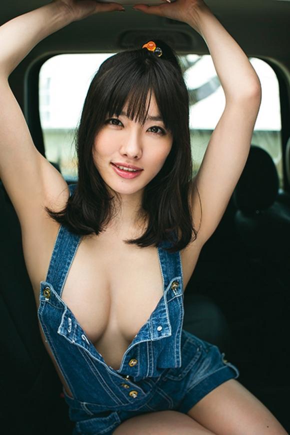 裸にオーバーオール着てる女の子のハミ乳見えてる感じが妙にエロいんだけどwwwwwww【画像30枚】19_201603272249209e6.jpg