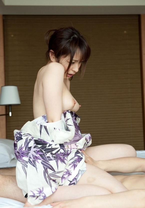 これぞ日本のエロ写真っていう浴衣着てる女の子の乱れた性wwwwwww【画像30枚】19_20160403223626f58.jpg