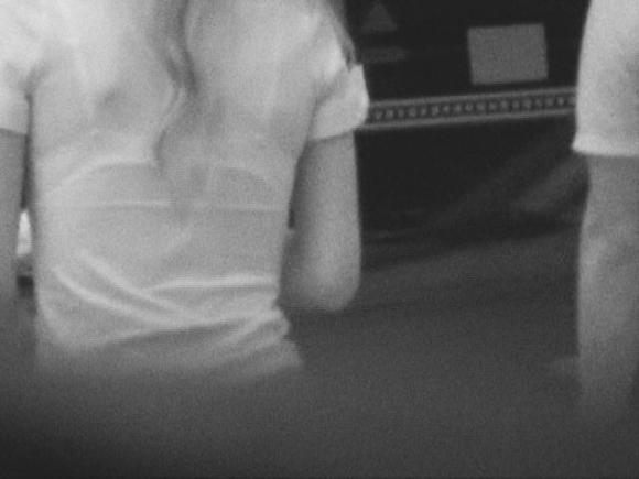【赤外線盗撮】高額カメラの赤外線機能が高性能すぎるwwwwwww【画像30枚】19_20160531114122521.jpg