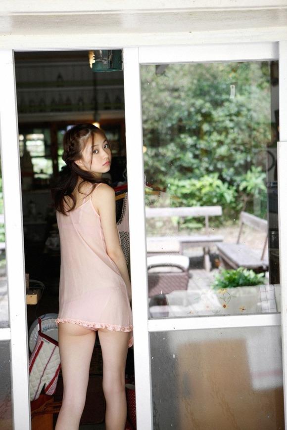 女優としても活躍中の逢沢りなちゃんのセクシーグラビア画像【30枚】19_20160602113458251.jpg