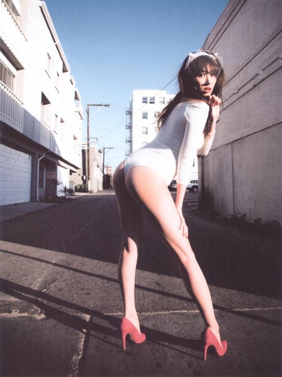 【卒業決定!?】AKB48こじはること小嶋陽菜ちゃんの手ブラやセクシーランジェリー姿などを記念にまとめてみた【画像40枚】20_20151121150818496.jpg