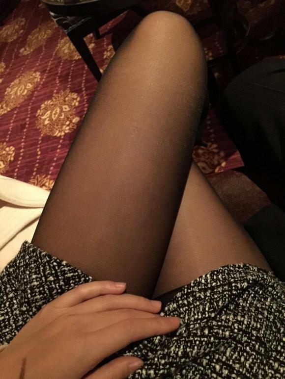 急に寒くなって黒ストッキングを履いた女の子の画像が集まって気分がホッカホカになりましたwww【画像30枚】20_20151218133755a73.jpg
