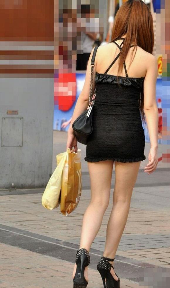 太もも露出しすぎなエロい素人を街中で探してきましたwwwwwww【画像30枚】21_201603200431482a4.jpg