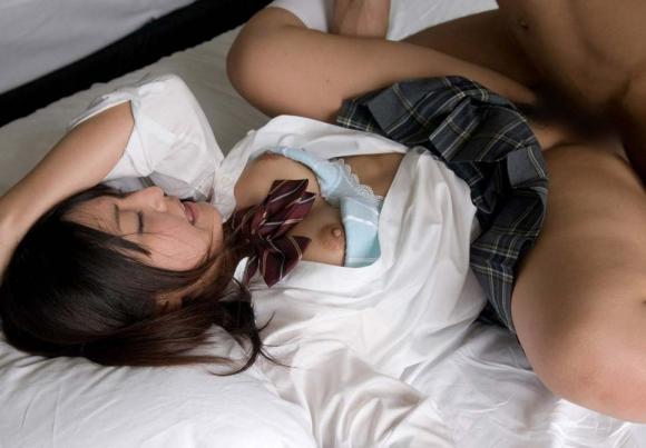 JKの彼女ができたら絶対しちゃうwww制服着用セックスのイメトレ用画像wwwwwww【画像30枚】21_201608121013331b3.jpg