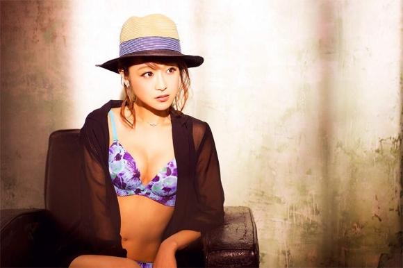 鈴木奈々ちゃんがLINEブログにうpしてる下着姿やセミヌード画像がエロすぎる!【画像30枚】22_201604301034255d1.jpg