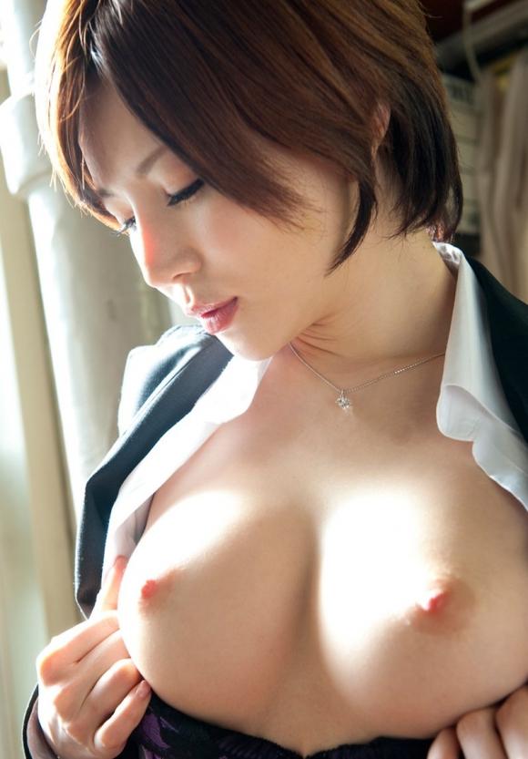 彼女のおっぱいがこんな感じの美乳だったら毎晩揉みまくるわwwwwwww【画像30枚】22_201605252142395b8.jpg