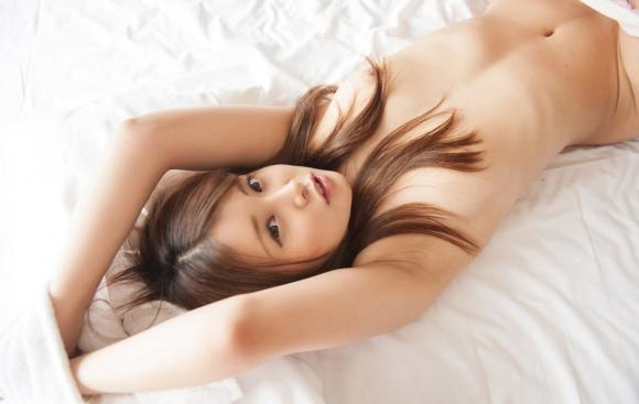 【エロ画像】こんな可愛い女の子がベッドで寝てたら・・・朝から絶対襲っちゃうよーwwwww23_201511211519054fb.jpg