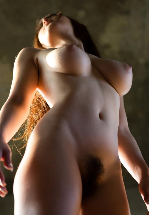 ユサユサ揺れるズッシリと重たそうな巨乳おっぱいを並べてくwwwwwww【画像30枚】23_20160512100752d05.jpg