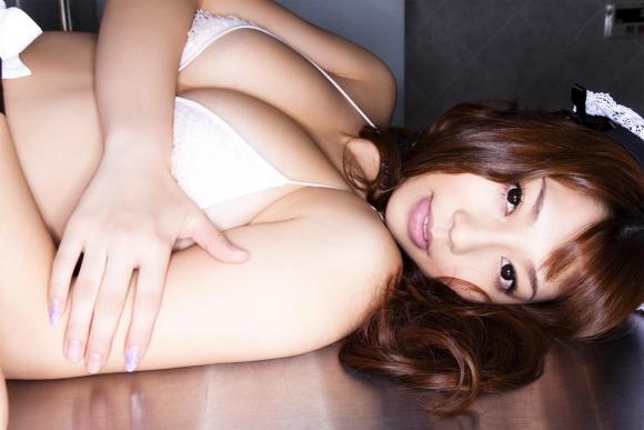 小泉麻耶ちゃんのGカップ巨乳ヌード!【画像30枚】24_20160815153739560.jpg