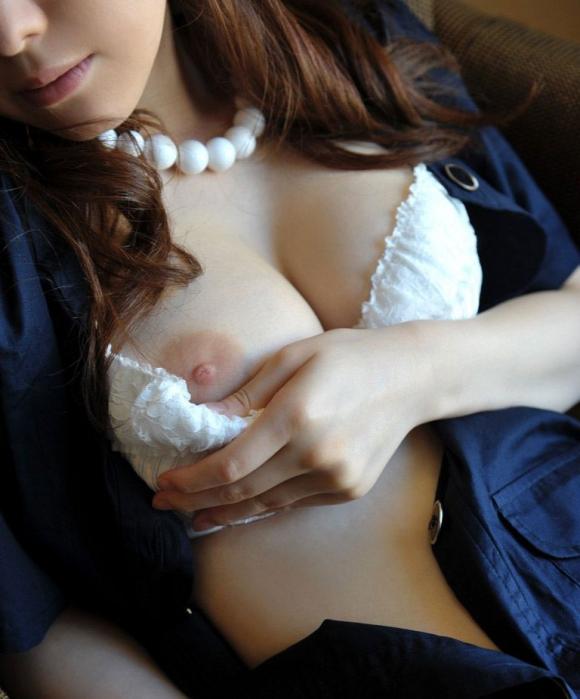 次付き合う彼女は絶対こういう美乳おっぱいの持ち主限定!!!wwwwwww【画像30枚】25_20160210210211589.jpg