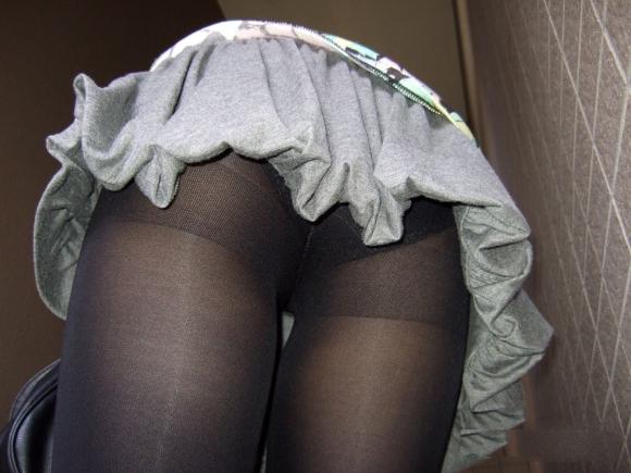 急に寒くなって黒ストッキングを履いた女の子の画像が集まって気分がホッカホカになりましたwww【画像30枚】26_20151218133831e2d.jpg