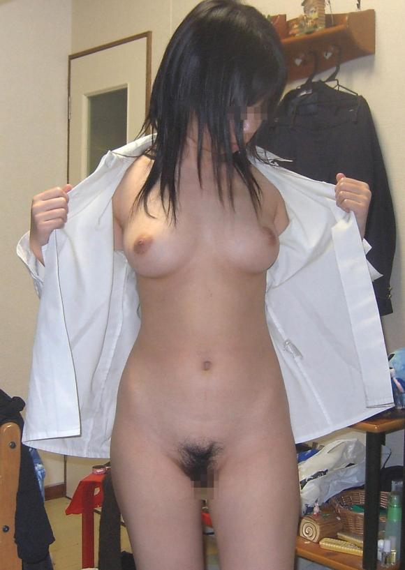 裸Yシャツの女の子がエロすぎて襲っちゃいそうになるwwwwwww【画像30枚】26_20160116044652508.jpg