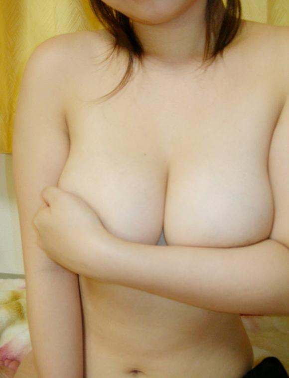 【素人限定】ねぇぇぇぇぇwww大変貴重な素人女子の巨乳おっぱいってなんでこんなにエロいんだろうねぇぇぇぇぇwwwwwww【画像30枚】26_2016032622472087c.jpg