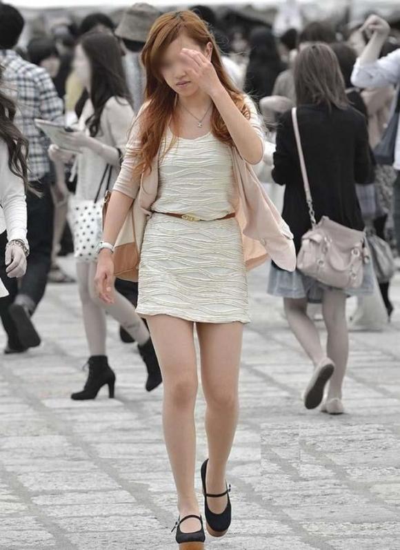 素人なのにパンチラしそうな短すぎるミニスカ履いてる女の子が多すぎるwwwwwww【画像30枚】26_2016073022054776b.jpg
