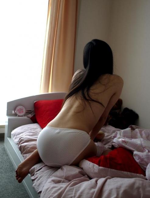 【リベポル】彼女のパンツいっちょ画像が出てきたwww無防備でエロかったからソッコーうpします!!!wwwwwwwww【画像30枚】27_20160219204050cbf.png