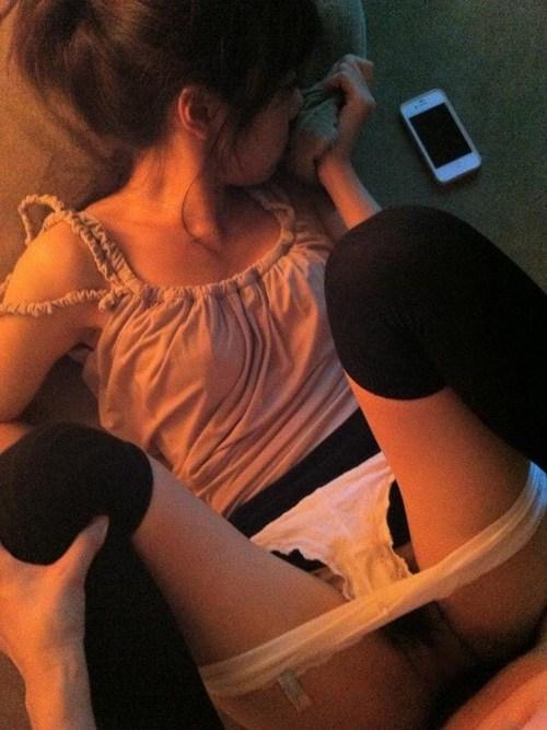 【素人ハメ撮り】ちょ・・・こりゃ生々しいwww素人カップルがセックスしてる様子を撮った画像が流出wwwwwww【画像30枚】28_20160705235822867.jpg
