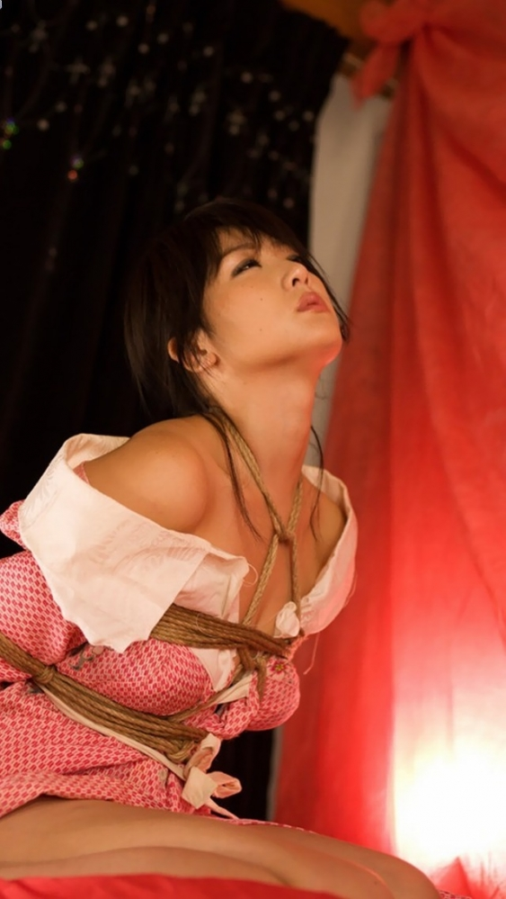 【エロ画像】緊縛拘束されると女は簡単に男の玩具となる件wwwwwww29_20151201151156c5f.jpg