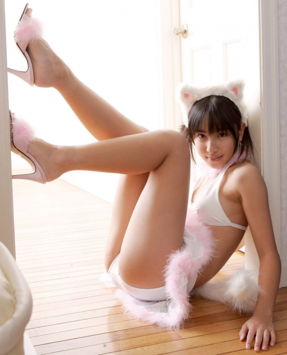 【コスプレ】一緒にニャンニャンしたくなるネコ耳つけたエロ猫女子たちwwwwwww【画像30枚】29_201603102246337ff.jpg