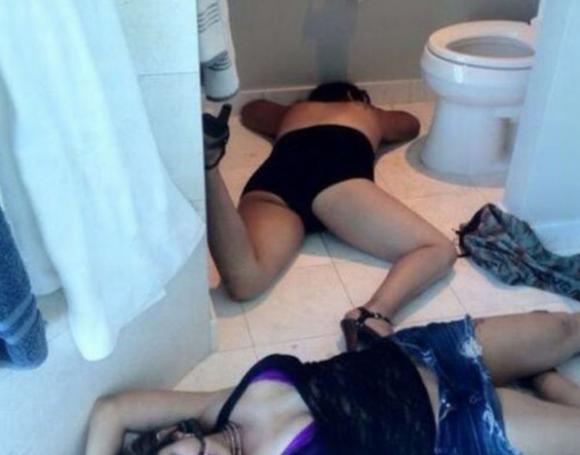 酒に溺れて泥酔しすぎた女の末路がヤバイ・・・・・wwwwwww【画像30枚】30_2016042422270769d.png