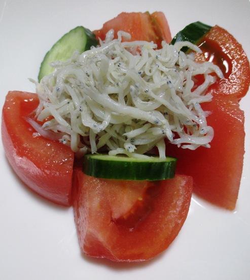 トマトとしらすのサラダ B