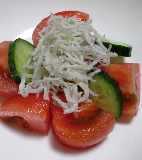 トマトとしらすのサラダ 大
