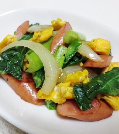 ソーセージと小松菜の炒め物 B