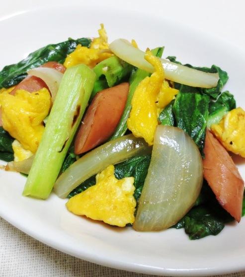 ソーセージと小松菜の炒め物 大