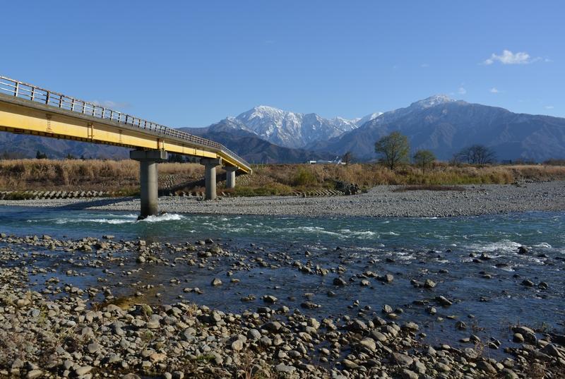 魚野川に掛かる橋-3