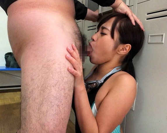 クッソ卑猥な巨乳女教師がムチムチ美脚のパンストで足コキの脚フェチDVD画像2