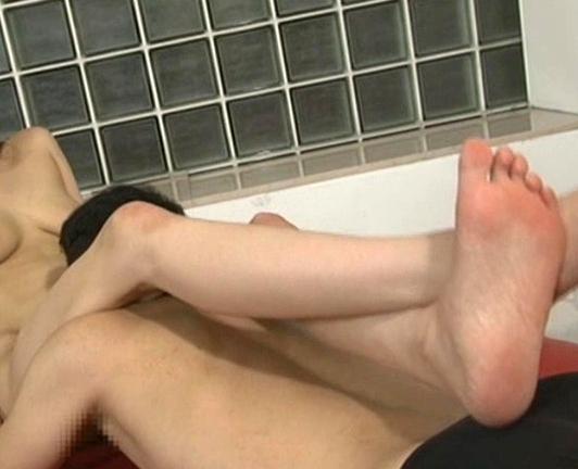 身長175cmの長身美女がロングブーツで靴コキ責めの脚フェチDVD画像5