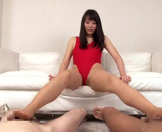 デカ尻美脚のレースクイーン美少女がハイレグパンストで脚コキの脚フェチDVD画像3