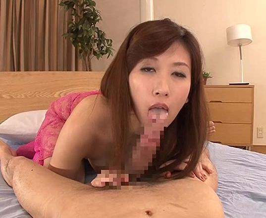 ドスケベな顔をして器用な足指テクで足コキする淫乱熟女の脚フェチDVD画像6