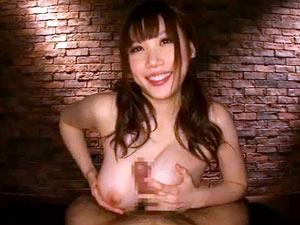 『ビクビクしてるぅ♪』小悪魔な爆乳痴女のパイズリ手コキフェラのフルコース責め!上原保奈美