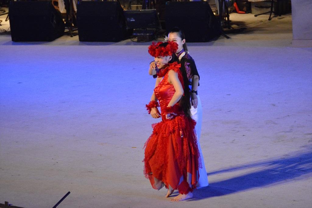 まずは、フラガールによるダンスから_23