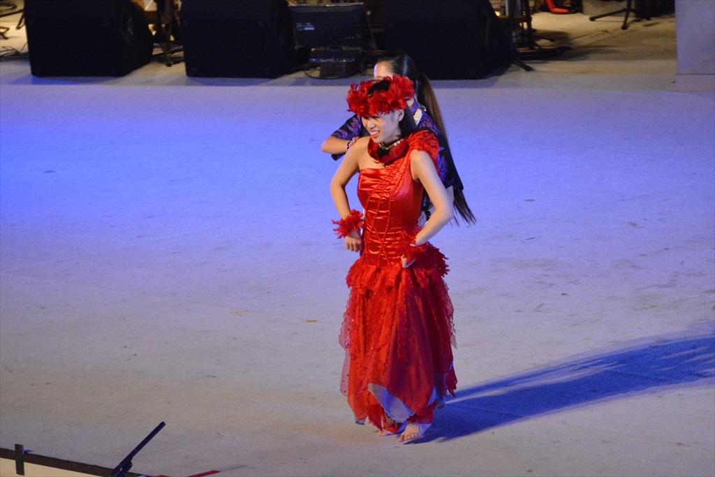 まずは、フラガールによるダンスから_24