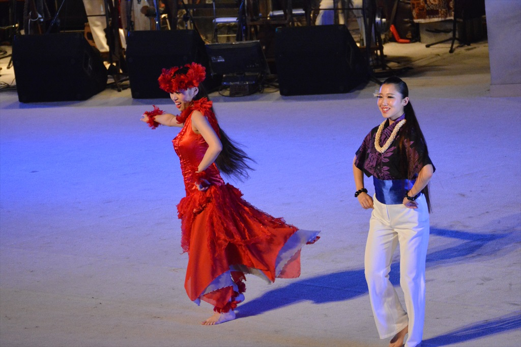 まずは、フラガールによるダンスから_27