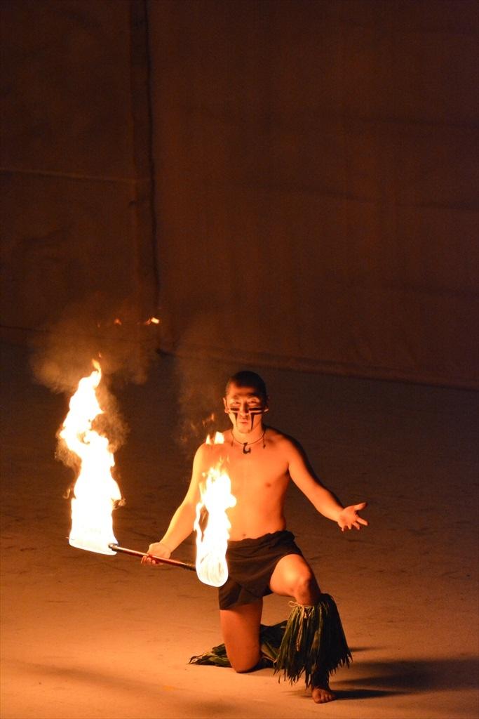 火を扱うパフォーマンス_2_6