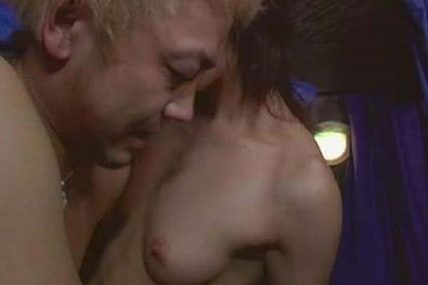 寺島しのぶ ヌード画像 乳首出し全裸ヌード5
