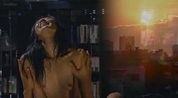 寺島しのぶ ヌード画像 乳首出し全裸ヌード
