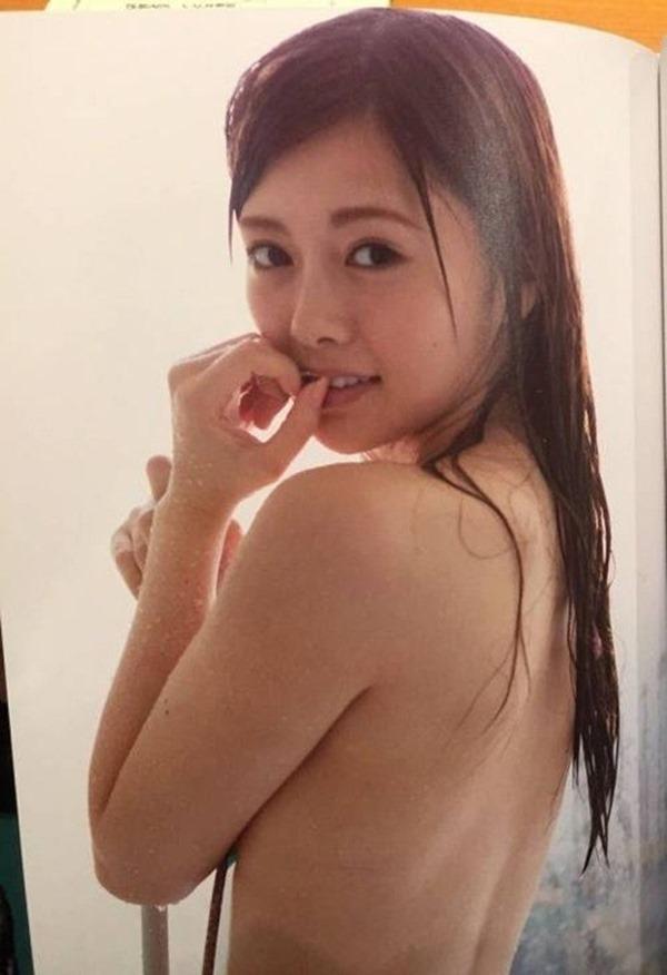 乃木坂の白石麻衣ちゃん乳首10