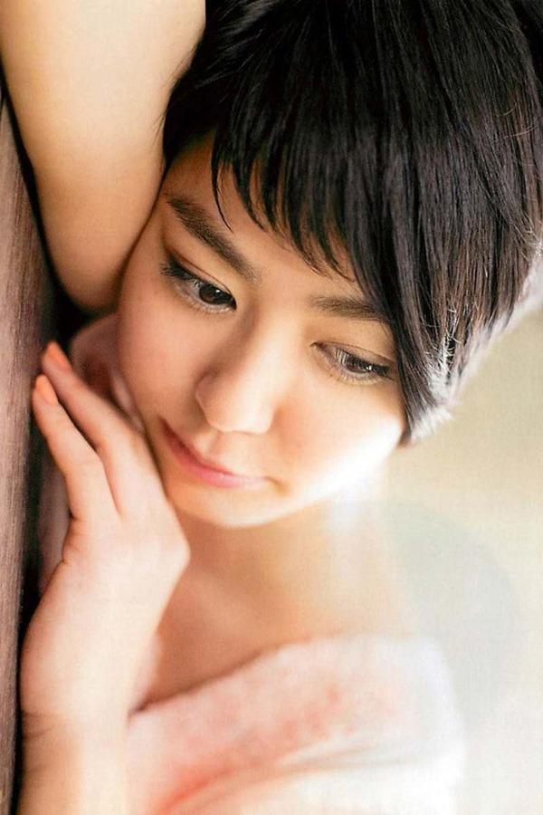 夏目三久アナの乳首見えパンチラ画像10