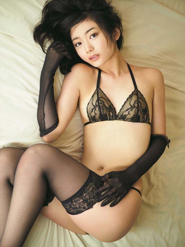 森田涼花全裸ヌード画像11