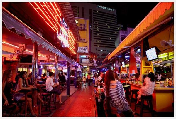 タイのゴーゴーバーエロ画像11
