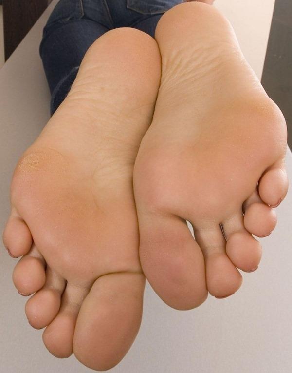足の裏エロ画像11