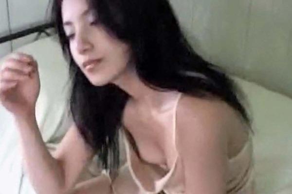 三船美佳の乳首ヌード画像11