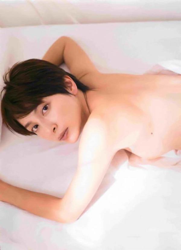 奥菜恵の美乳ヌード画像11