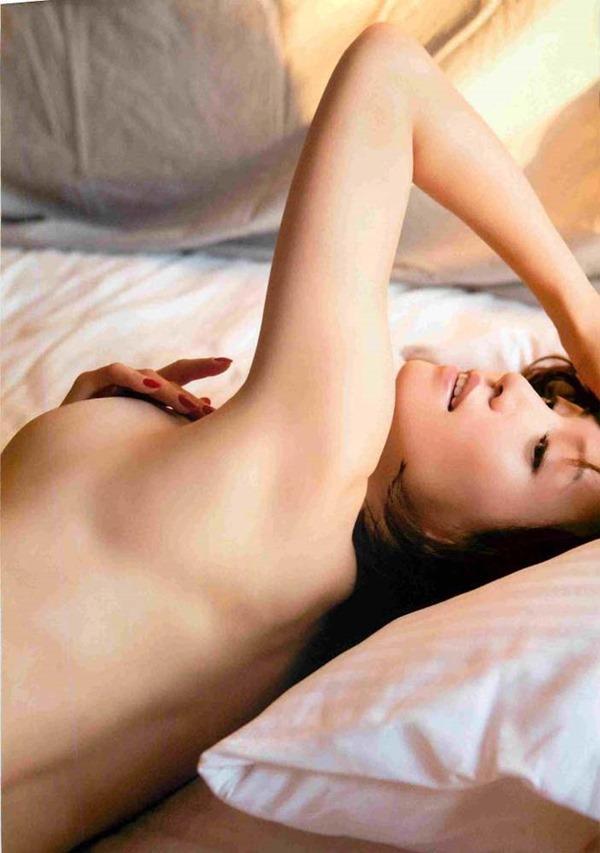 細川ふみえの乳首見え巨乳おっぱいヘアヌード画像11