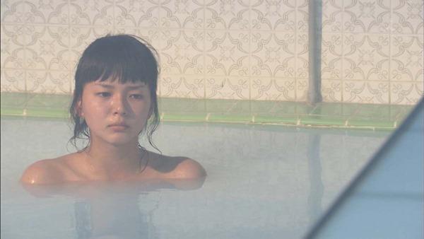 多部未華子の入浴シーンお色気エロキャプ画像11
