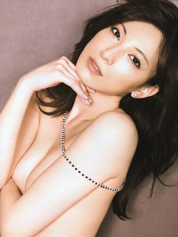 加藤あいの手ブラ横乳画像12